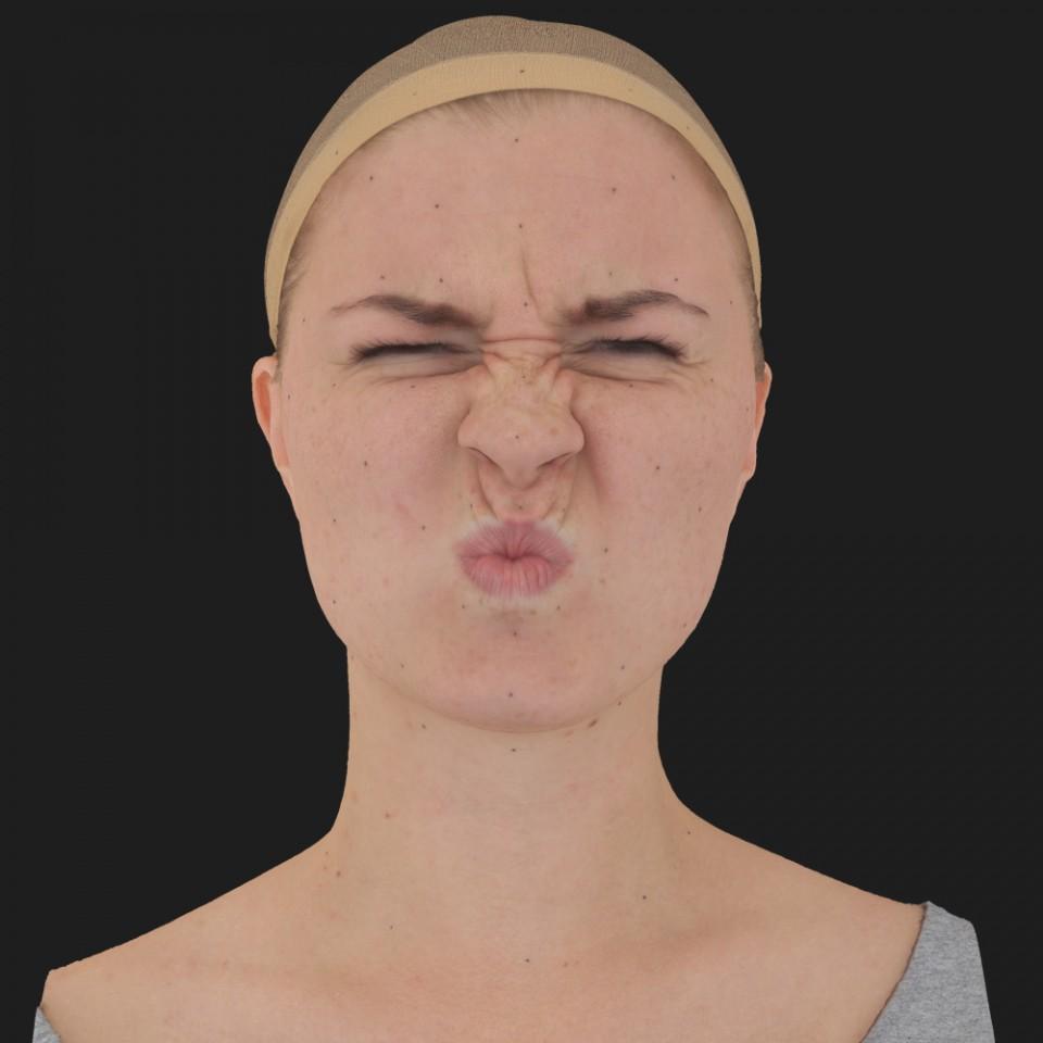 Bonnie Mitchell 06 Face Compression