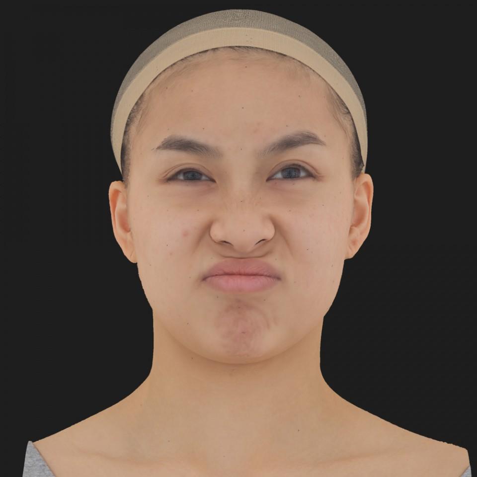 Danise Lin 19 Disgust