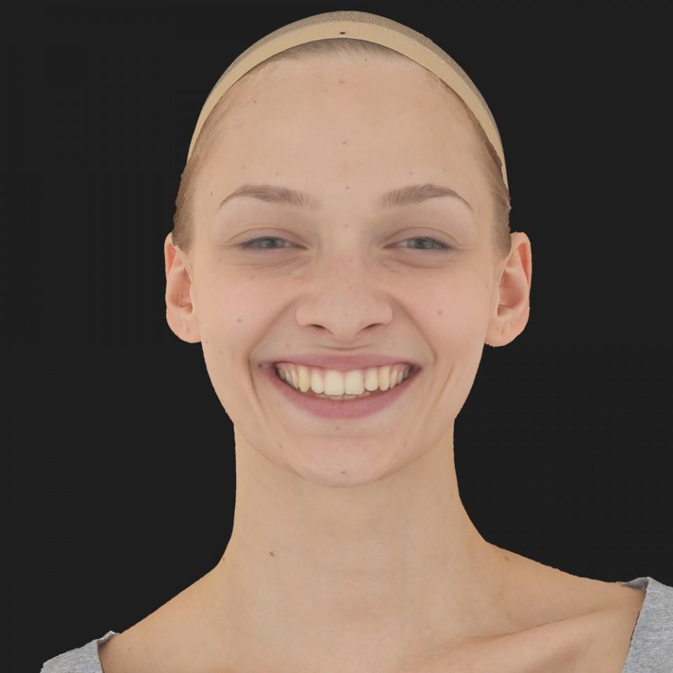 Elisa Duncan 16 Happy