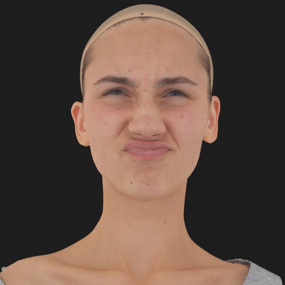 Julia Sanders 06 Face Compression