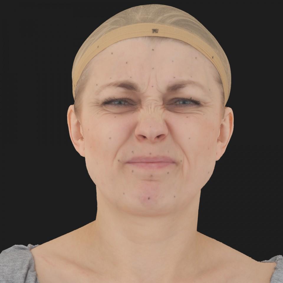 Karen Bennet 06 Face Compression