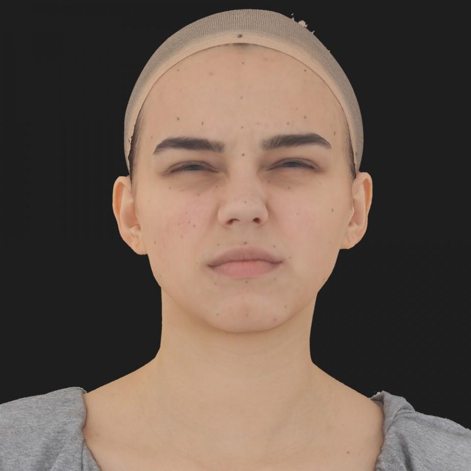 Lillian Cox 06 Face Compression