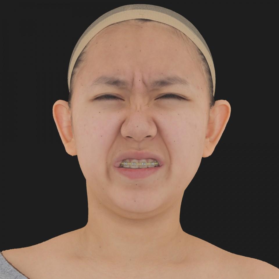 Lilly Ona 18 Pain