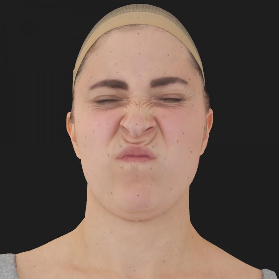 Lisa Thomas 06 Face Compression