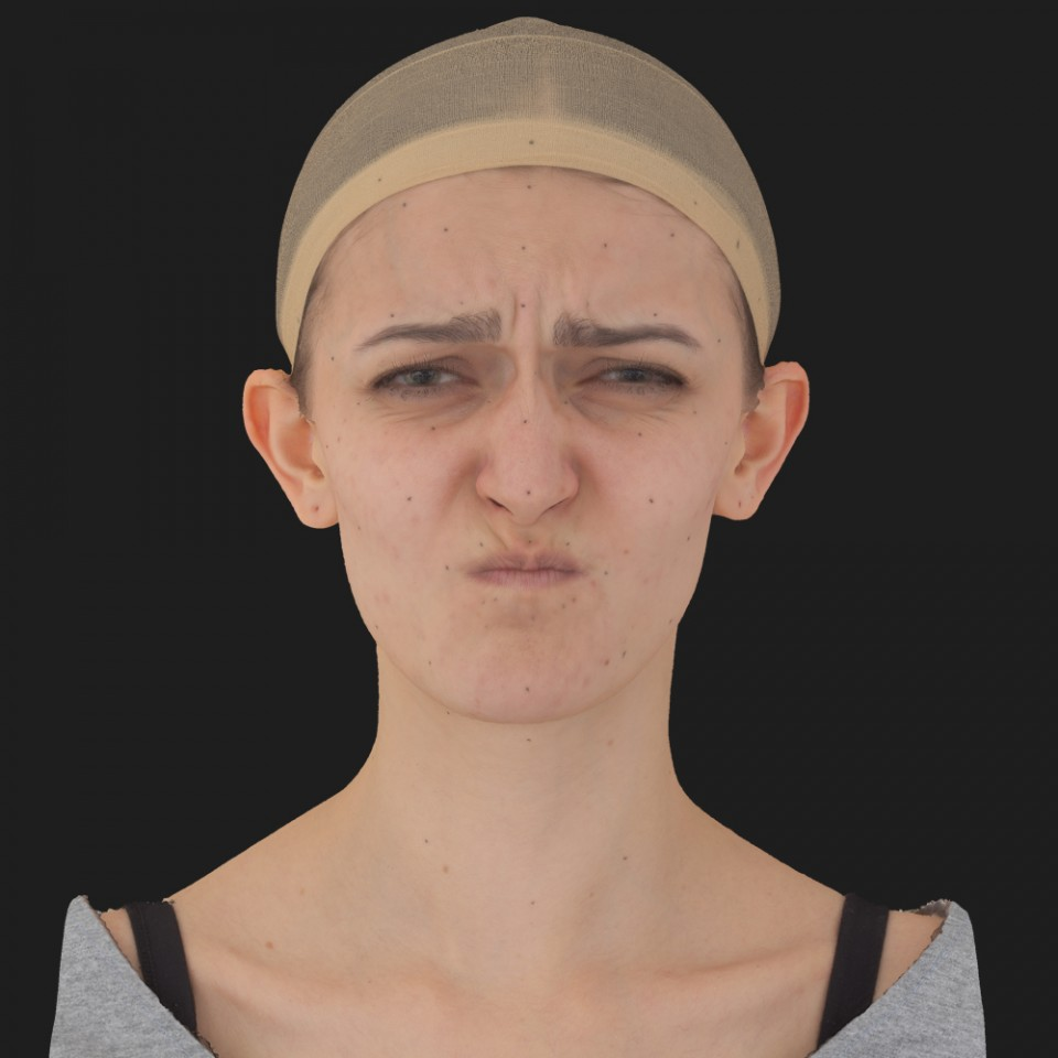 Luz Campbell 06 Face Compression