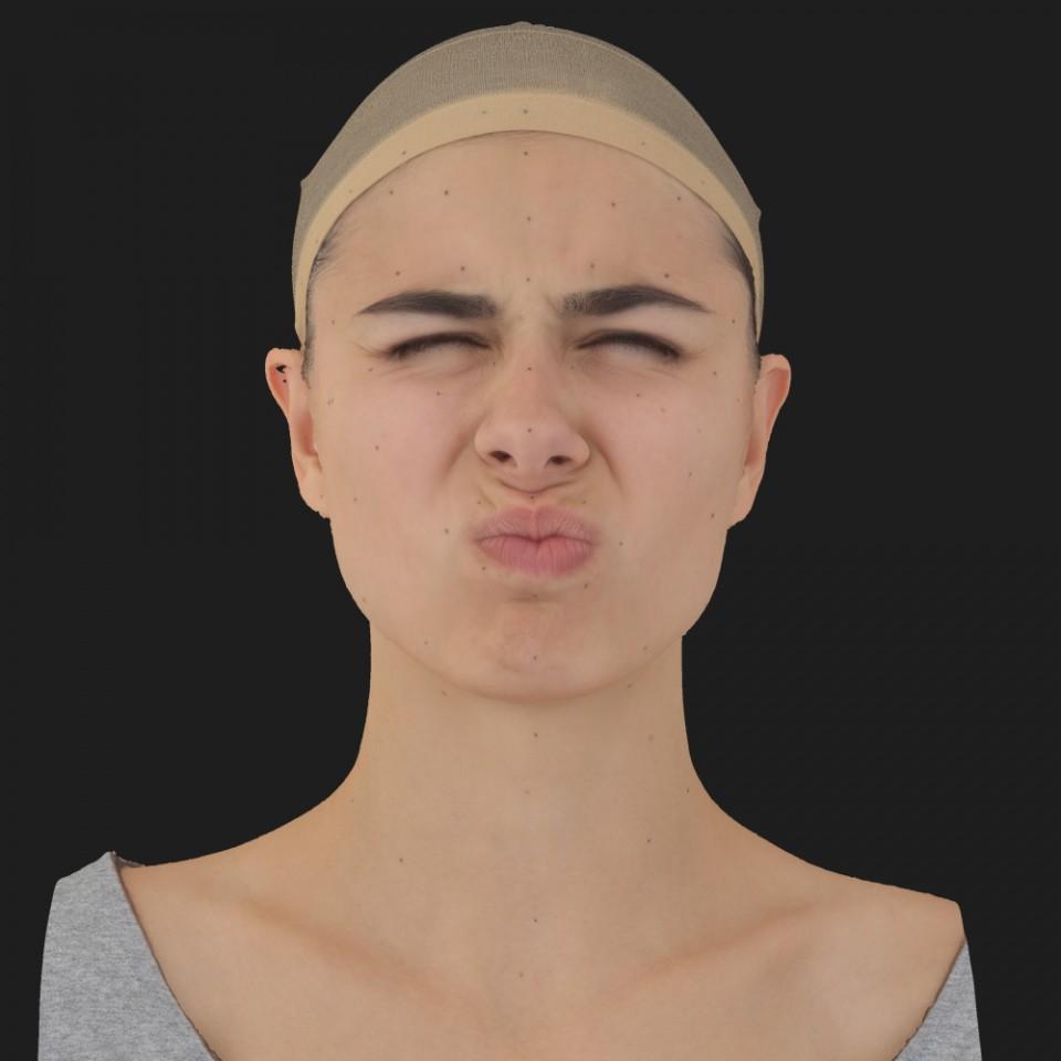Marta Hudson 06 Face Compression