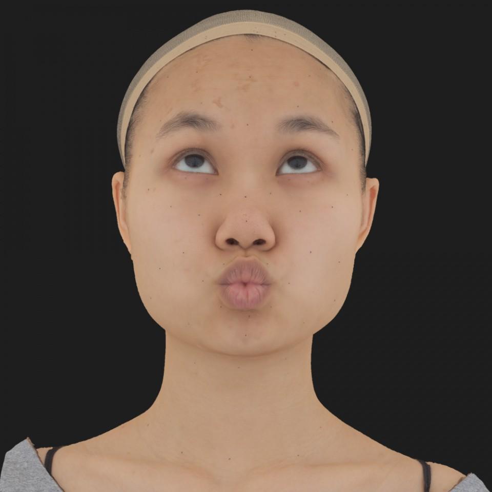 Sophie Tiu 12 Pucker-Look Up