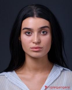 Caroline Abrams